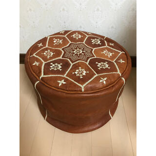 モロッコ  プフ 本革 ブラウン 刺繍 オットマン クッション ソファー 椅子(オットマン)