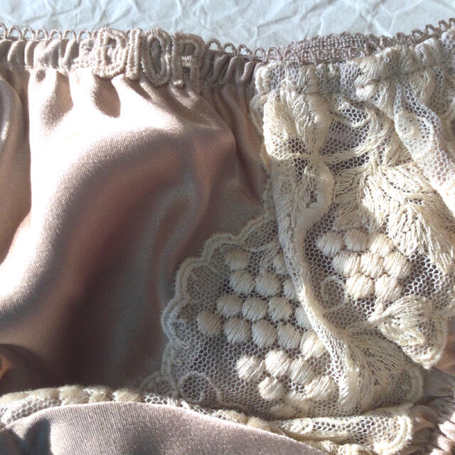Christian Dior(クリスチャンディオール)のクリスチャンディオールショーツ5枚セットMサイズ レディースの下着/アンダーウェア(ショーツ)の商品写真