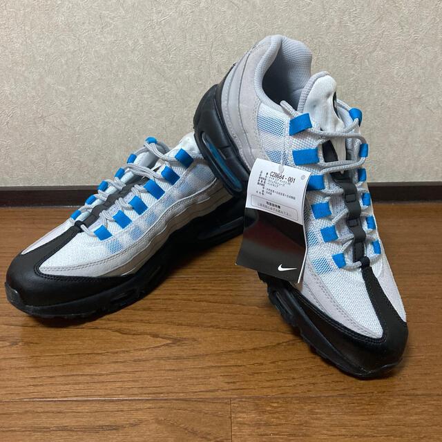 NIKE(ナイキ)のラスト1点!ナイキ エアマックス95 レーザーブルー ブルーグラデ 27.5cm メンズの靴/シューズ(スニーカー)の商品写真