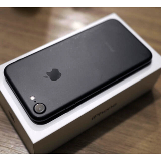 Apple - iPhone 7 128GB 黒 SIMロック解除済み 本体のみ