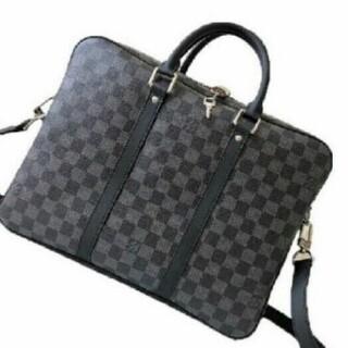 LOUIS VUITTON - LOUIS VUITTON 新作男性用ビジネスバッグ