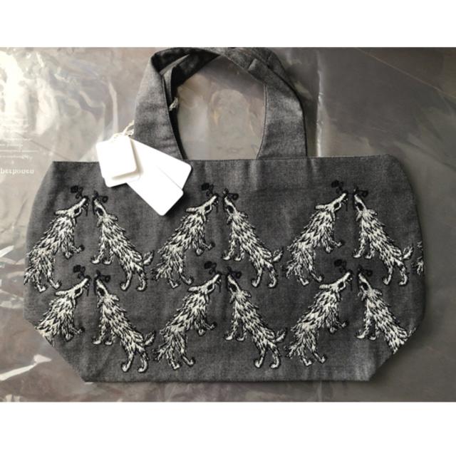 mina perhonen(ミナペルホネン)のミナペルホネン wolf&flower パニーニ レディースのバッグ(ハンドバッグ)の商品写真