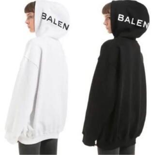 Balenciaga - BALENCIAGA ロゴ プリント フーディ
