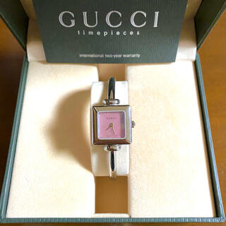 Gucci - 【大特価!!】グッチ 腕時計 1900L ピンクシェル 冬 クリスマス🎀