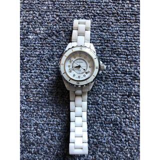 シャネル j12  腕時計 CHANEL ホワイト 33mm