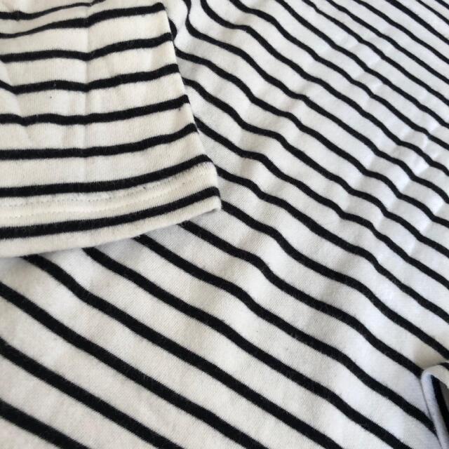 UNIQLO(ユニクロ)の【140cm】UNIQLO ボーダーカットソー キッズ/ベビー/マタニティのキッズ服男の子用(90cm~)(Tシャツ/カットソー)の商品写真