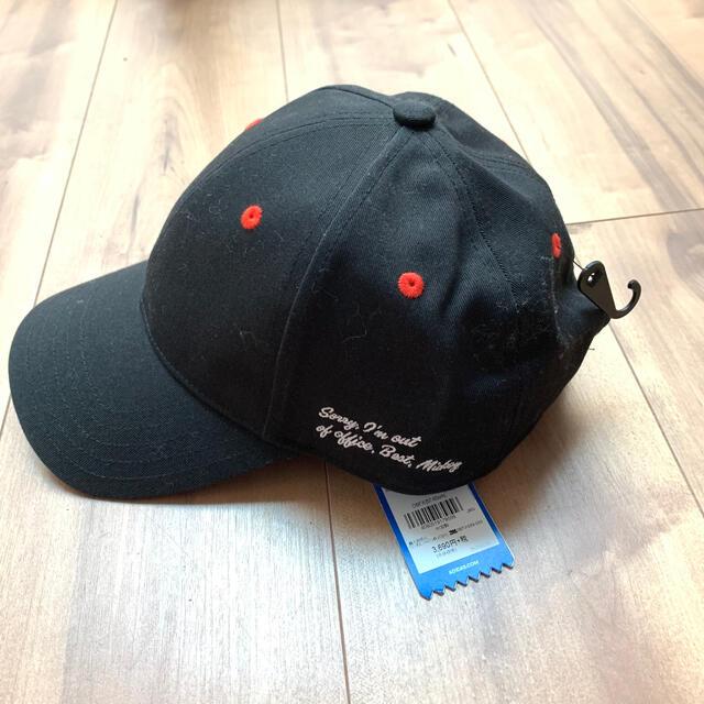 adidas(アディダス)の【新品未使用】アディダスオリジナルス ディズニーコラボ キャップ 帽子 メンズの帽子(キャップ)の商品写真