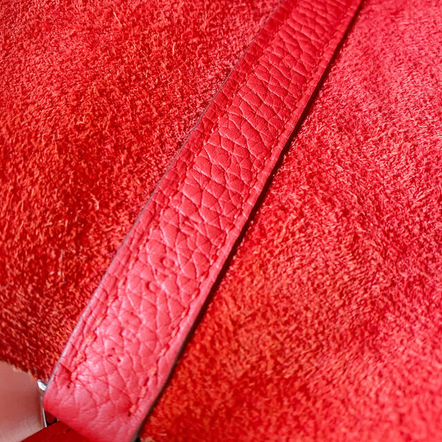Hermes(エルメス)の【美品】HERMES ピコタンロックMM ルージュ レディースのバッグ(ハンドバッグ)の商品写真