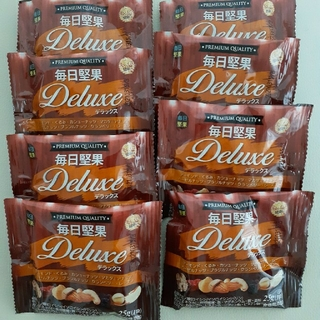 大人気!毎日堅果 デラックス ナッツ ドライフルーツ(菓子/デザート)