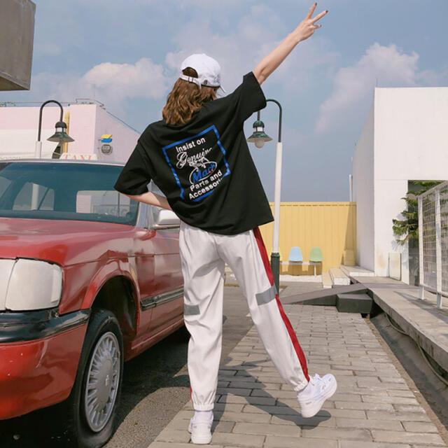 UNIQLO(ユニクロ)のラインパンツ ジャージ スウェット トラックパンツ  ✳︎Mサイズ レッド レディースのパンツ(カジュアルパンツ)の商品写真