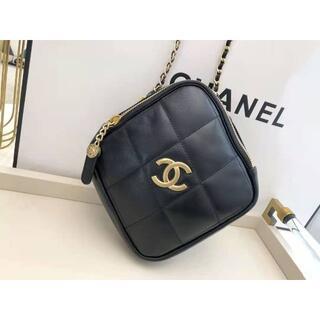 CHANEL - 【美品】シャネルのダイヤのバッグ ショルダーバッグ