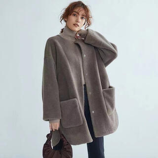 Mila Owen - MilaOwen(ミラ オーウェン)  ノーカラーシャツカーブボアジャケット