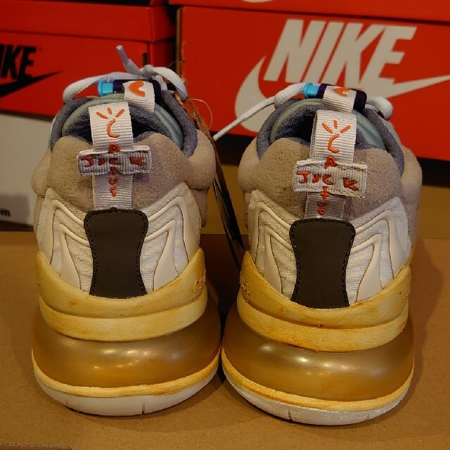 NIKE(ナイキ)の【新品未使用】TRAVIS SCOTT NIKE AIR MAX 270 28㎝ メンズの靴/シューズ(スニーカー)の商品写真