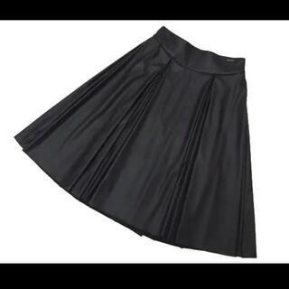 フォクシー(FOXEY)のFOXEY NEW YORK フェイクレザースカート♡お値下げ(ひざ丈スカート)