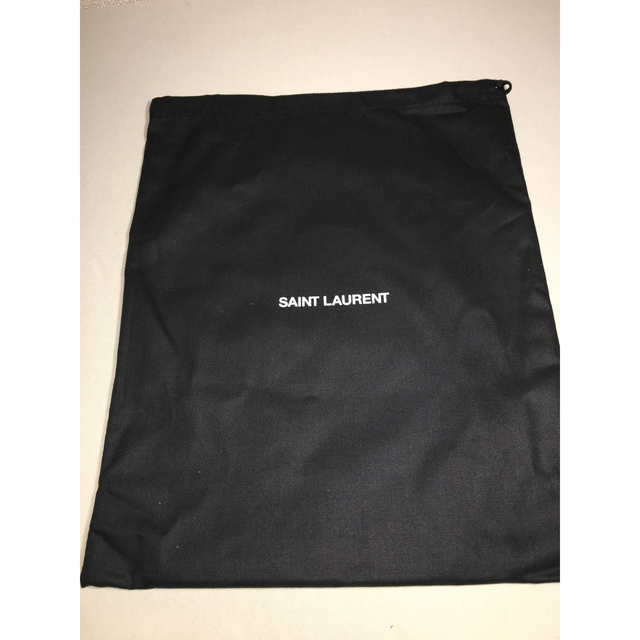 Saint Laurent(サンローラン)の【新品未使用】Saint Laurent ショルダーバッグ ポーチ メンズのバッグ(ショルダーバッグ)の商品写真