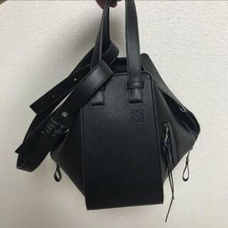 LOEWE - LOEWE ロエベ ハンモックスモールバッグ  黒い