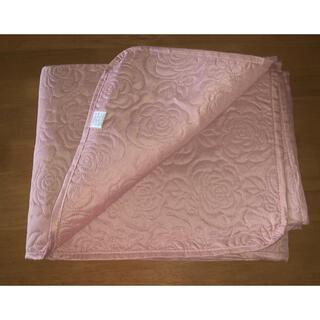 型押しマルチカバー バラ 薄いピンク 190cm x190cm(ソファカバー)