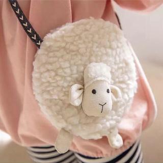 プティマイン(petit main)のもこもこひつじの肩掛けポシェット⭐︎韓国子供服⭐︎新品⭐︎ホワイト(ポシェット)