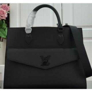 LOUIS VUITTON - Louis Vuitton ルイヴィトン ロックミー・トート MM