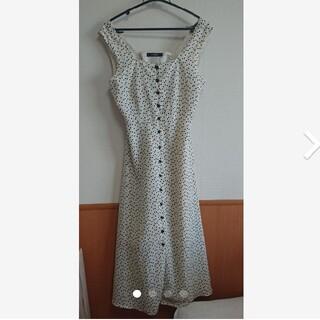 ダブルクローゼット(w closet)のワンピース ジャンパースカート(ひざ丈ワンピース)