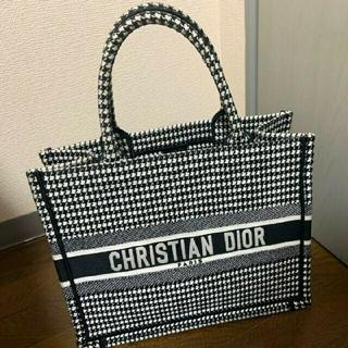 Christian Dior - 新品未使用 Dior クリスチャンディオール ブックトート 千鳥格子