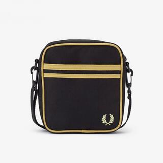 フレッドペリー(FRED PERRY)の【新品】 フレッドペリー TWIN TIPPED SIDE BAG 黒(ショルダーバッグ)
