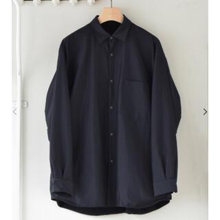 COMOLI - comoli  ナイロンシャツ サイズ2