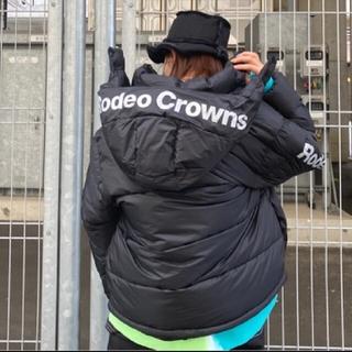 ロデオクラウンズワイドボウル(RODEO CROWNS WIDE BOWL)の値札タグ切れの為、激安❗️ブラックSサイズ※早い者勝ちノーコメ即決しましょう❗️(ダウンジャケット)