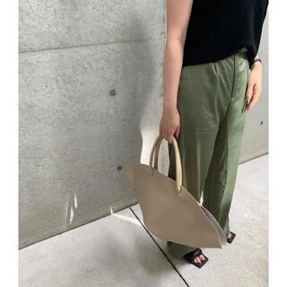 CANAL accessoryグリーンパンツ