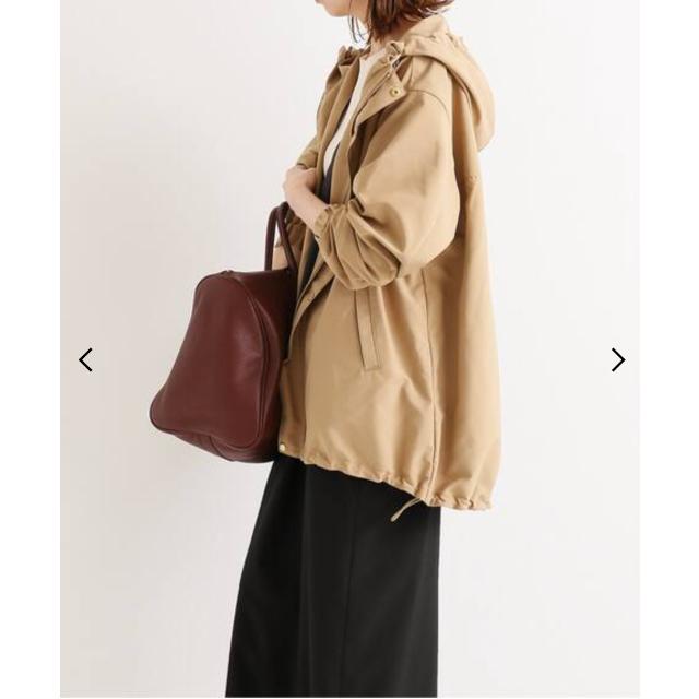 IENA(イエナ)の IENA Pタフタ フーデットブルゾン レディースのジャケット/アウター(ブルゾン)の商品写真