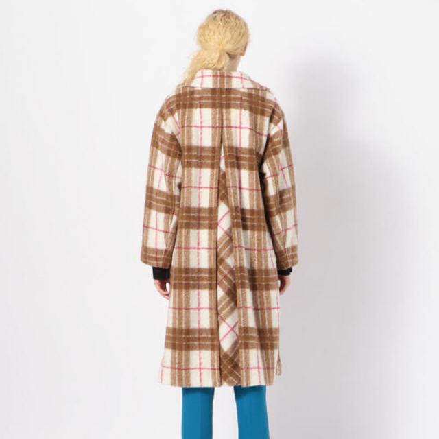 TOMORROWLAND(トゥモローランド)の試着のみ美品  TOMORROWLAND  ビッグチェスターコート レディースのジャケット/アウター(ロングコート)の商品写真