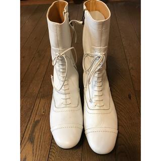 ショセ(chausser)のchausser 白ブーツ サイズ24cm(ブーツ)