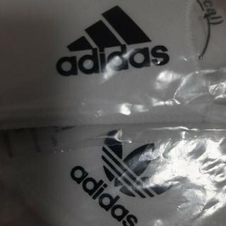 adidas - adidas新品アディダス、マスクカバー 、M/L 柄違い2枚