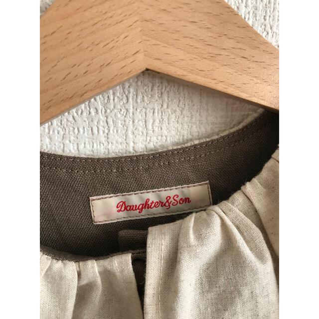 ハンドメイド作家 くるみボタンの刺繍ワンピース キッズ/ベビー/マタニティのキッズ服女の子用(90cm~)(ワンピース)の商品写真