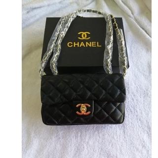 CHANEL - 超可愛いεïзショルダーバッグ·トードバグ シャネル ノベルティ/黒/箱付き