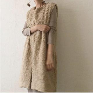 アメリヴィンテージ(Ameri VINTAGE)の新品未使用 Moco long vest(beige)(ベスト/ジレ)