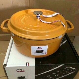 ストウブ(STAUB)の未使用 STAUB鋳鉄エナメル鍋 24cm(食器)
