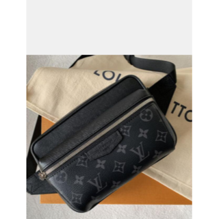 LOUIS VUITTON - 【送料無料】❤ 美品 ☆ ルイヴィトン ボディーバッグ