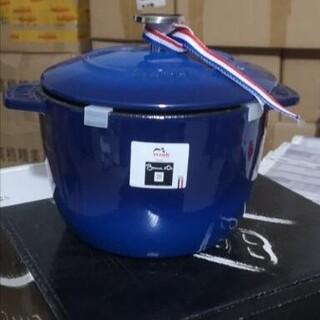 ストウブ(STAUB)の16cm  鋳鉄STAUB  エナメル鍋(食器)