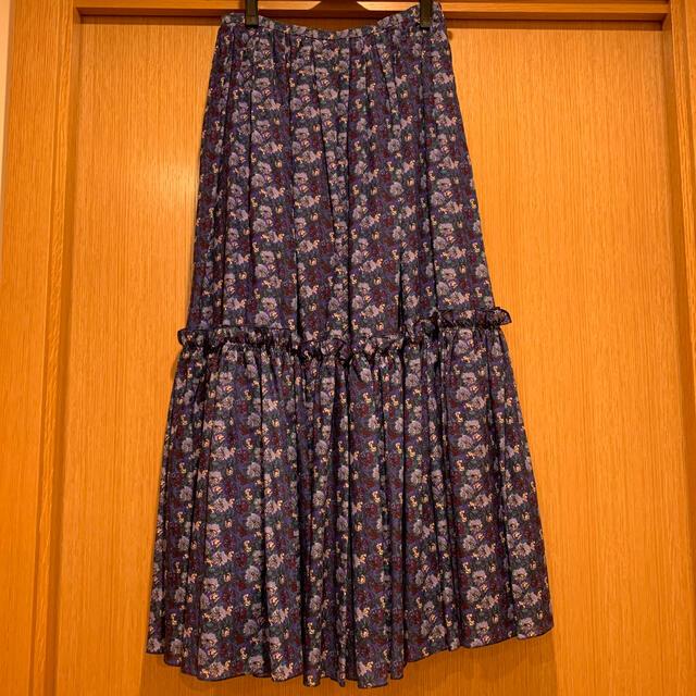Drawer(ドゥロワー)のDrawer  フラワーロングスカート レディースのスカート(ロングスカート)の商品写真