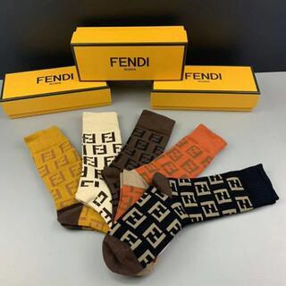 FENDI - 年末セールFENDIフェンディソックス 男女兼用 靴下5足 箱付き