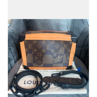 LOUIS VUITTON - 【送料無料】❤ 美品 ☆ ルイヴィトン ショルダーバッグ