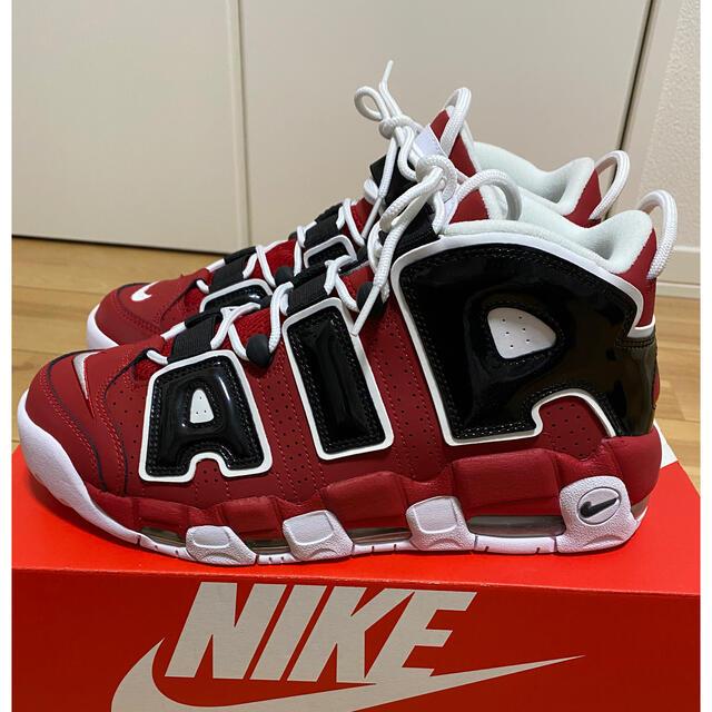 NIKE(ナイキ)のNIKE AIR MORE UPTEMPO '96 モアテン 黒赤ブルズ メンズの靴/シューズ(スニーカー)の商品写真