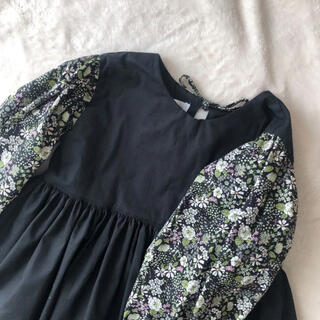 【110size】black × flower dress