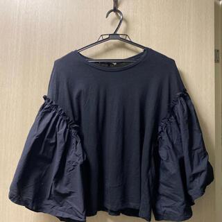 ZARA - 【12/20処分します。送料込み】ZARA Tシャツ  ボリューム ブラック 黒
