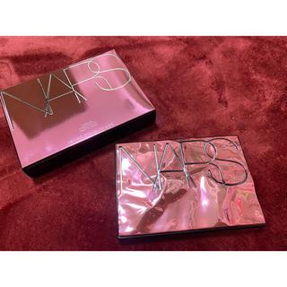 ナーズ(NARS)の国内正規品 NARSオーバーラストチークパレット ハイライト(チーク)