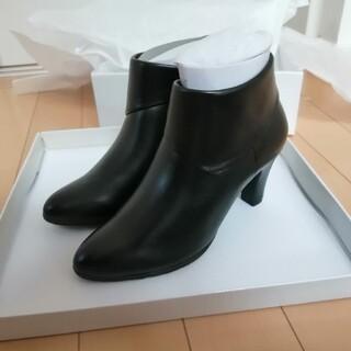 ピッティ(Pitti)の新品 未使用 ショート ブーツ 本革 ブラック 22.0 滑り止め 秋冬 今季に(ブーツ)