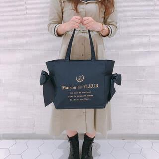 Maison de FLEUR - 早い者勝ち♡メゾンドフルール♡池袋店限定クリアポケット付きトートバッグ♡ネイビー