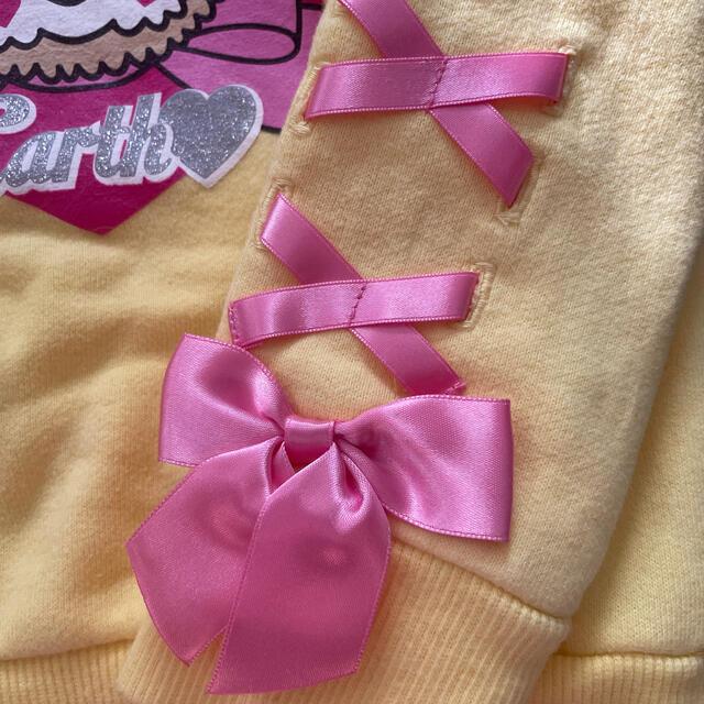 EARTHMAGIC(アースマジック)のアースマジック  トレーナー 100 キッズ/ベビー/マタニティのキッズ服女の子用(90cm~)(Tシャツ/カットソー)の商品写真