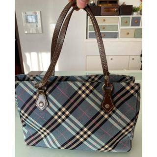 バーバリー ブルーレーベルのバッグ